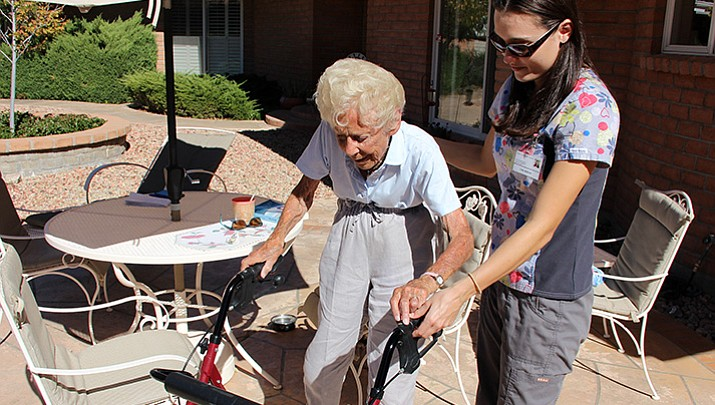 In-home care industry tries to keep up with rapidly aging Arizona population