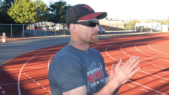 Mingus boys track strength lies in middle distance events