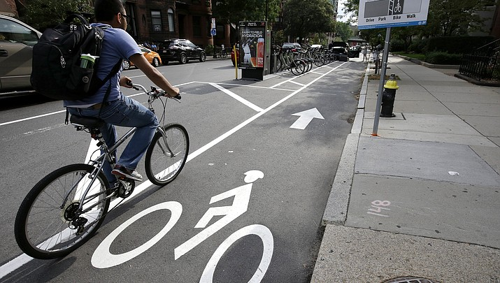 Editorial: As roads clog, cyclists and drivers need sharpened attention