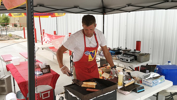 Paulden relishes its hot dog stand