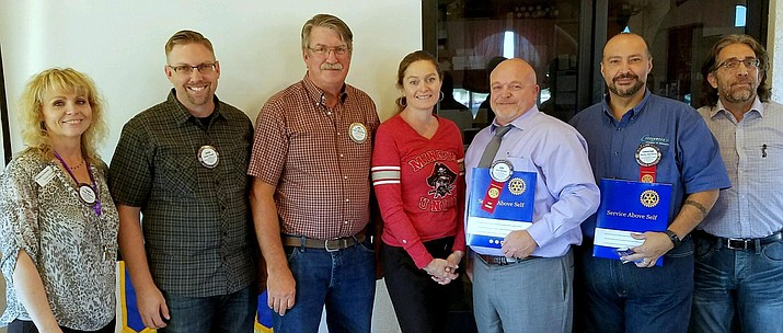 Pictured left to right are Tania Simms (Club President), David Yarger (inductee), Dan Peterson (Rotarian), Jennifer Chilton (Rotarian), Eric Harmon (inductee), Christian Oliva Del Rio (inductee) and Dino Viotti (Rotarian). To learn more about your Rotary Club of the Verde Valley please visit www.rotarycluboftheverdevalley.org or call Mark Tufte at (928) 583-9022.