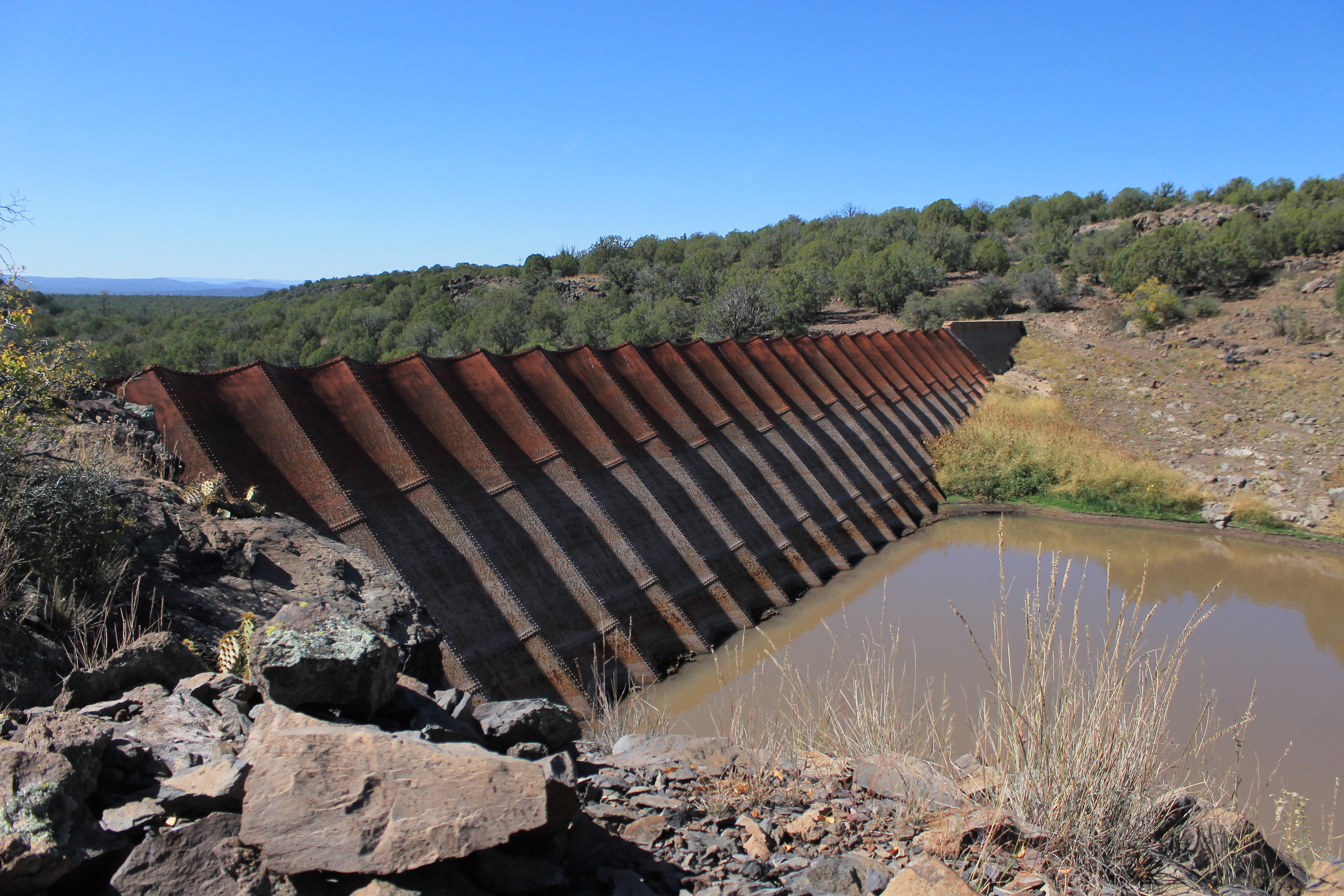 importance of dams September 20, 2011 the importance of dams & reservoirs water is the vital resource to support all forms of life unfortunately, water is not evenly distributed by location or by the season.