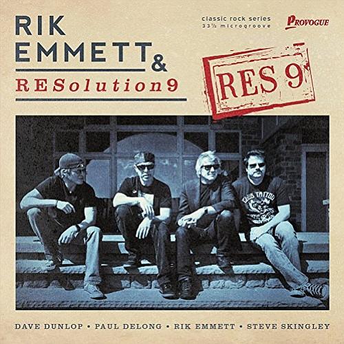 Rik Emmett & RESolution 9 – RES9