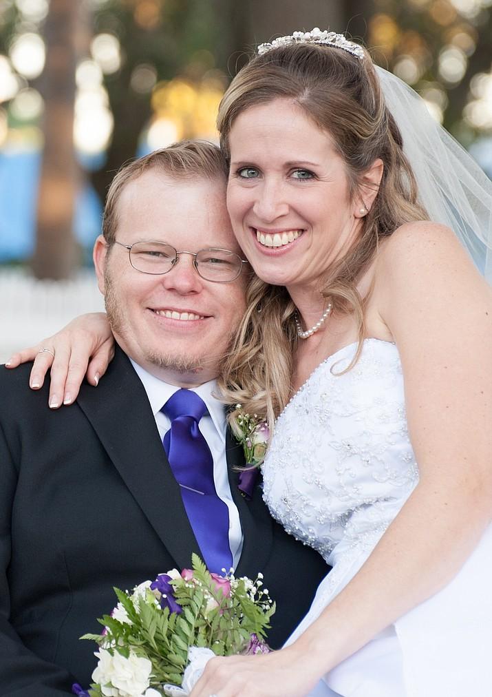 Andrew Olson married Cathleen Kreuter on Oct. 22, 2016 in Vero Beach, Fla.