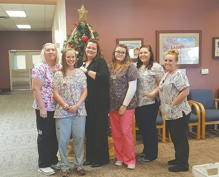 From left to right is Deborah Hanners, Toni Jones, Heather Varnum (instructor), Cheyenne Hutchison, Jamie Davis and Madison Fessenden.