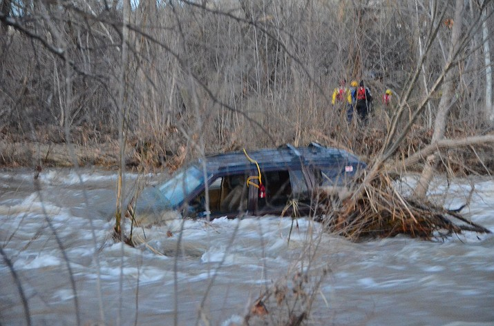 For the second time in three weeks, the Copper Canyon Fire and Medical Authority, along with the Sedona Fire and Verde Valley Fire Departments, rescued motorists attempting low-water crossings in flooded rivers. (VVN/Vyto Starinskas)