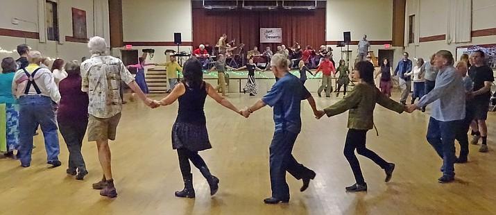 Cottonwood Contra Dance, January 21, 2017.