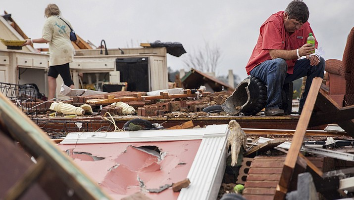 At least 16 dead after Georgia tornadoes