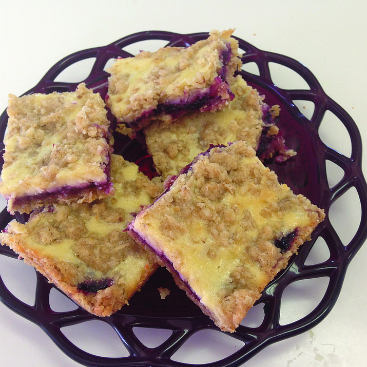 Huckleberry-Cheese Oatmeal Bars is the Cooking with Diane recipe for Feb. 15, 2017.