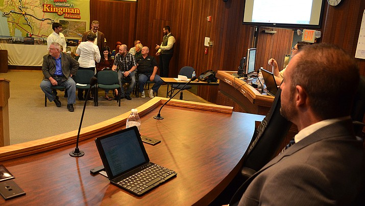Kingman City Council scrambles to fill vacancy following Abram's resignation