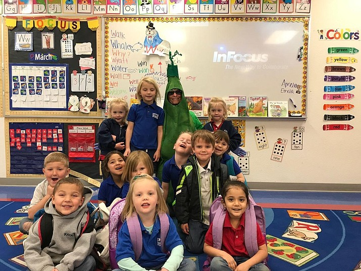 Pictured below is Sweet Pea from the Dig It Kingman Community Garden visiting Mrs Driscoll's classroom in March when she helped the Garden Club plant peas and other root vegetables.