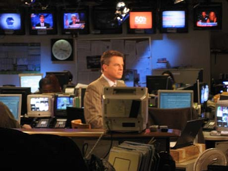 FOX News' Shepard Smith in Studio B in this 2007 photo. (Photo by Spud of Inside Cable News, CC 2.0, https://bit.ly/2sJFuYS)
