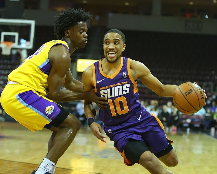 Northern Arizona Suns guard ShawnDre Jones tries to get past Jemerrio Jones of the South Bay Lakers during NBA G League play Saturday, March 23, 2019, in Prescott Valley. (Matt Hinshaw/NAZ Suns)