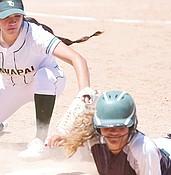Yavapai softball sweeps Scottsdale on Sophomore Day (photos) photo