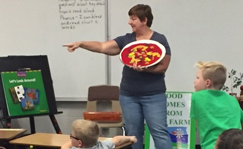 Ag-Ventures visits Mountain View Elementary