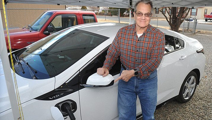 Electric cars becoming common, but charging stations in northern Arizona still lacking