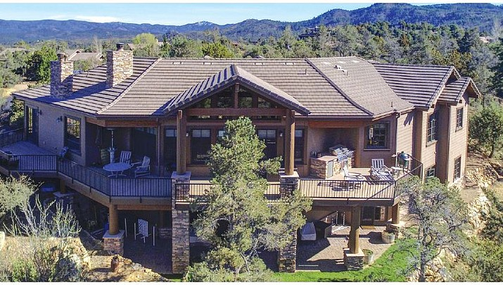 Feature Home: 876 Mavrick Mountain Trail • Prescott