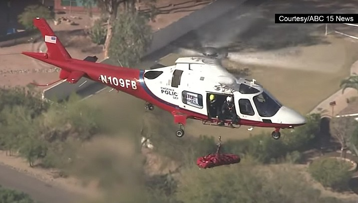 Watch: Hiker airlifted to safety from Arizona mountain