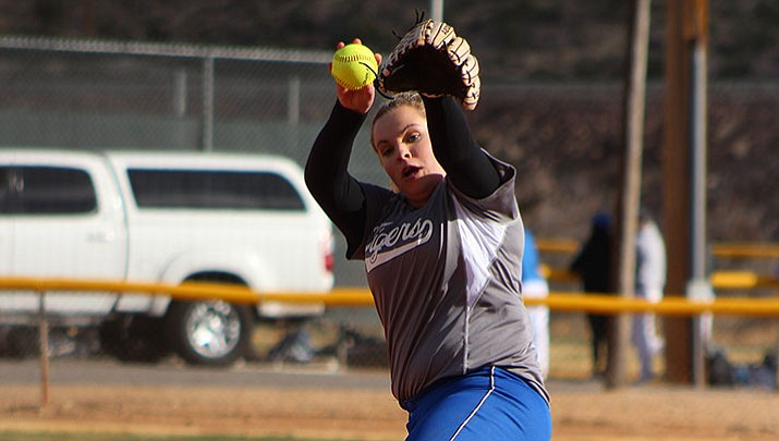 Prep Softball: Academy powers past Kingman High