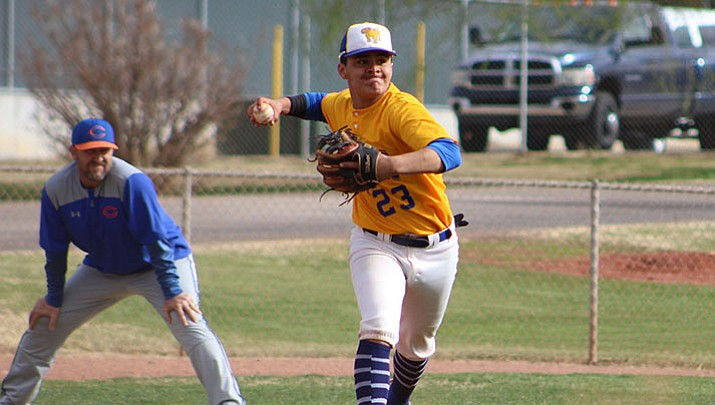 Prep Baseball: Bulldogs can't find offense, fall to Chino Valley