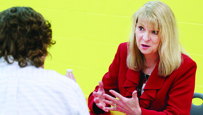 Superintendent, principal given 3-year contracts at Mingus