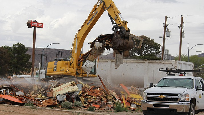 Paco's Taco Shop building demolished