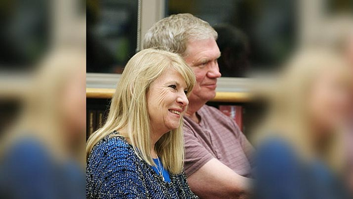Mingus hires superintendent's husband in 'substitute position'