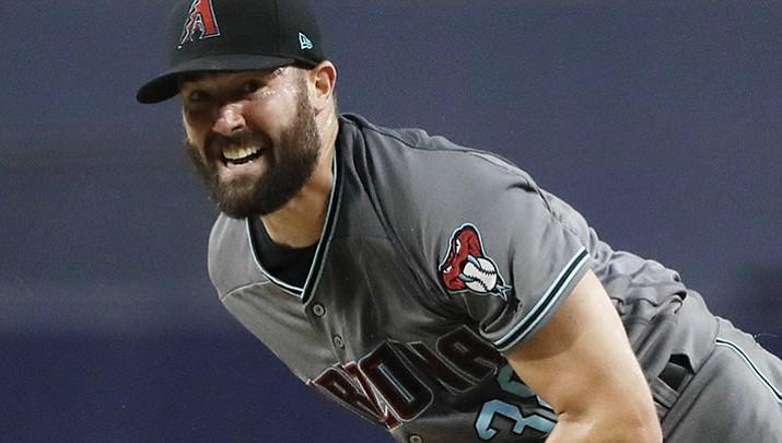 Goldschmidt homers, Diamondbacks beat Padres 9-4
