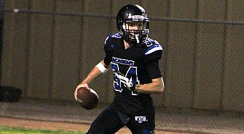 Prep Football: Tigers focusing on technique against Northwest Christian photo
