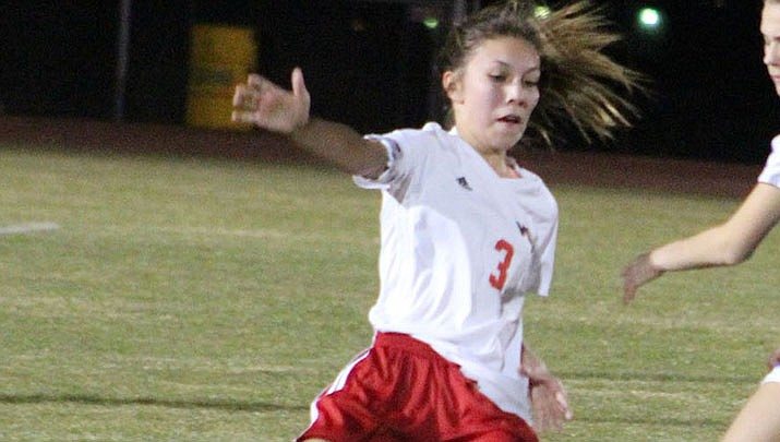 Prep Roundup: Lady Vols take 2nd at Mohave County Tournament
