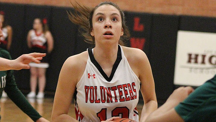 Prep Roundup: Lady Vols snap losing streak in win over Dysart