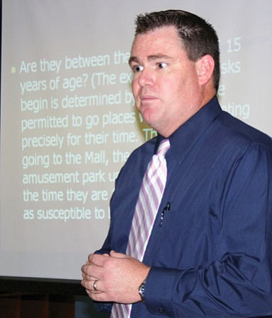 Prescott Valley Police Officer Brandon Bonney  speaks to parents about technology and kids.<br> Photo courtesy Sue Tone