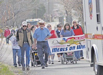 BBN Photo/Heidi Dahms Foster<br> Mayer Meals on Wheels National March for Meals 2011.