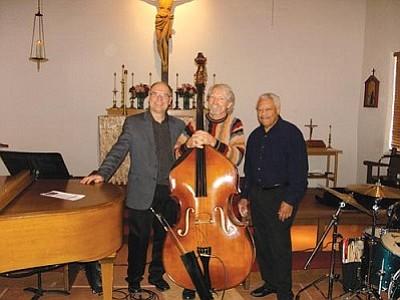 St. Luke's Trio of Steve Sandner, Steve Douglas and Floyd Robertson does Concert, backs Jam Session on Sunday