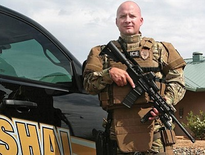 VVN/Bill Helm<br> CVMO Deputy Steve McClure also works with the Verde Valley Regional SWAT Team.