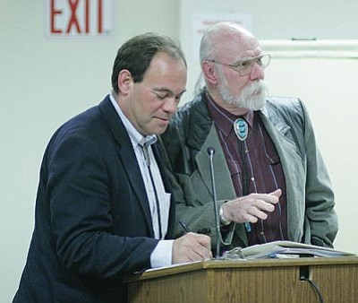 At the Dec. 18 Camp Verde Town Council regular session, Steve Goetting and Tom Pitts asked the council to help the Chamber. VVN/Bill Helm