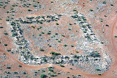 A Joe Vogel aerial photographs of the Wingfield Mesa pueblo ruins.
