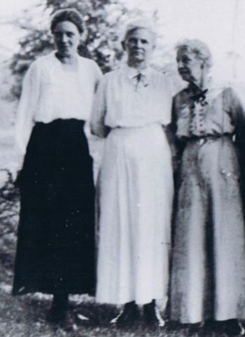 Courtesy photo<br> From left, Hazel Hungerford Howland, Elva Elizabeth Hungerford Howland and Emily Francis Orr Howland were honored in an essay by their descendant, Sharon Atkins of Prescott Valley.