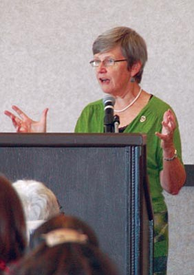Lisa Irish/The Daily Courier<br> Sister Simone Campbell, the executive director of Network, and a member of Leadership Conference of Women Religious, speaks about trust and helping each other at the United Way presentation in Prescott last Wednesday.
