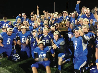 Doug Cook/The Daily Courier<br>The Sultans won the first official AIA state championship in school history Saturday night in Phoenix. They also won in 1952, before the AIA officially recognized small-school state titles.