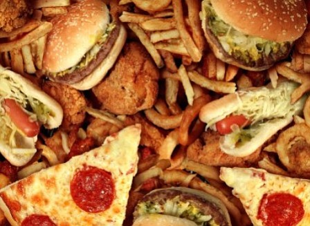 Junk food VS nutrient rich food. And the winner is....
