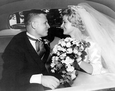 Mr. and Mrs. Philip and Stephanie Casdorph