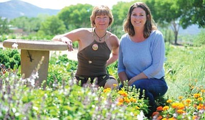 Les Stukenberg/The Daily Courier<br>Wren Myers, executive director of Paradigm Permaculture Coalition, and Sharla Mortimer, owner of Mortimer Family Farms, are hosting a fundraiser for the Farm to School program.