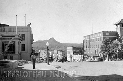 Bill Froh, Sharlot Hall Museum/Courtesy<br>Downtown Prescott looking west on Gurley Street in this undated photo from 1937.