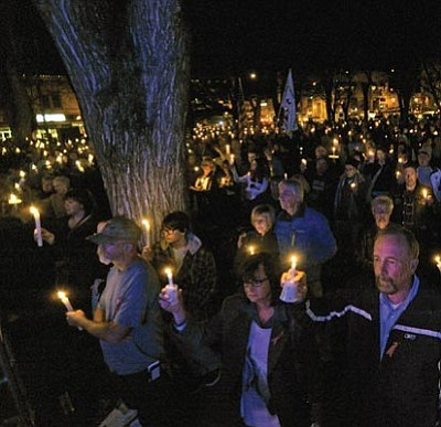 Matt Hinshaw/The Daily Courier<br>People fill the Yavapai County Courthouse Plaza for Kayla Mueller. More photos, stories, page 5A.