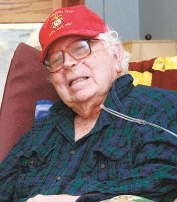 Veteran Lee Dortsch (Nanci Hutson/The Daily Courier)<br /><br /><!-- 1upcrlf2 -->