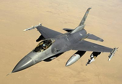 Courtesy photo<br>A USAF F-16C over Iraq in 2008