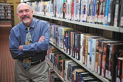 Les Stukenberg/The Daily Courier<br /><br /><!-- 1upcrlf2 -->Chino Valley librarian Scott Bruner has been named Arizona's 2015  librarian of the year.