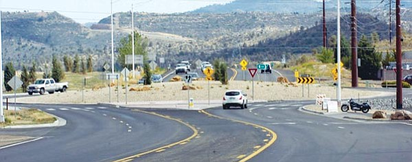 The Daily Courier/Jo. L. Keener<br> A traffic circle as seen May 18, 2007, on Highway 89 South and Willow Lake is similar to what the City of Prescott wants to install at other intersections.