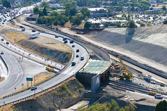 Work continues Thursday on the interchange between Highways 89 and 69 in Prescott.  Les Stukenberg/The Daily Courier